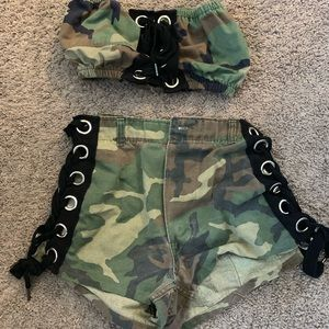 LF furst of a kind outfit